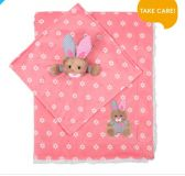 BABYONO Koc króliczek + przytulanka 75x100 cm – różowa