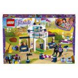 LEGO® Friends 41367 Stephanie a parkurové skákaní