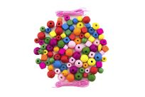 TEDDIES Korálky dřevěné barevné s gumičkami cca 800 ks ve velké plastové dóze