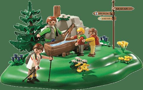 PLAYMOBIL Rodinná prechádzka k prameňu