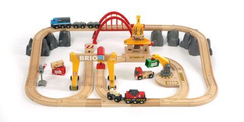 BRIO Nákladní vláčkodráha s mostem a překladištěm v  plastovém boxu